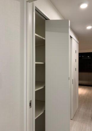 居間の収納